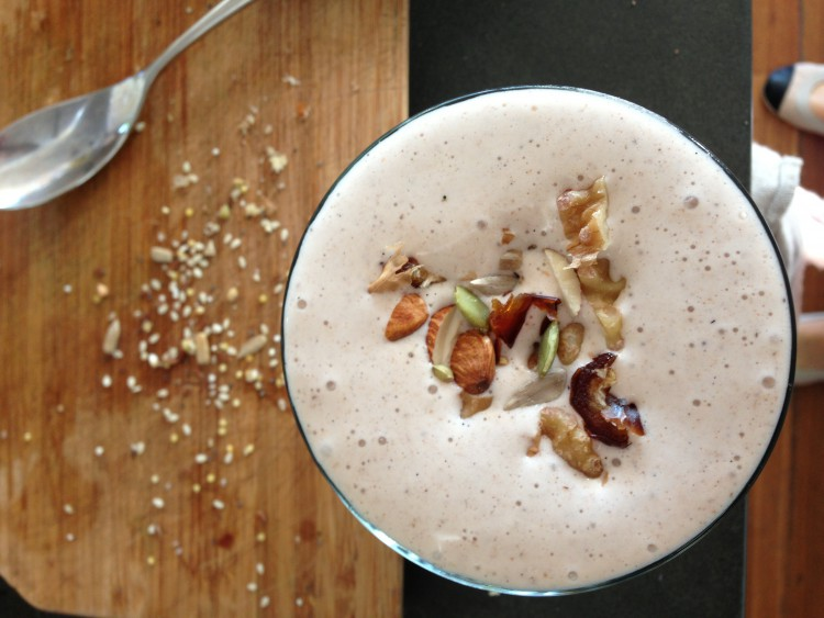 Cinnamon, Walnut & Banana Smoothie